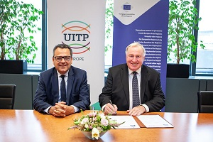 European Committee of the Regions signs UITP Mobility Manifesto