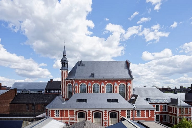 Mons in Belgium has transformed an old chapel into a virtual art collection