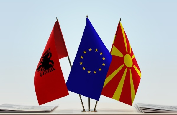 Local and regional leaders welcome EU decision to start accession talks with North Macedonia and Albania